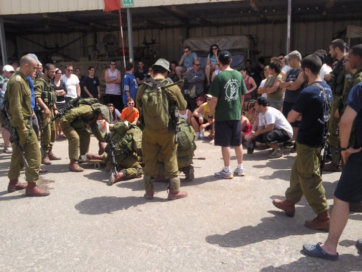 Taglit-Birthright visit IDF soldiers at an outpost on the Lebanese Border - Photo: IsraelandStuff/PP