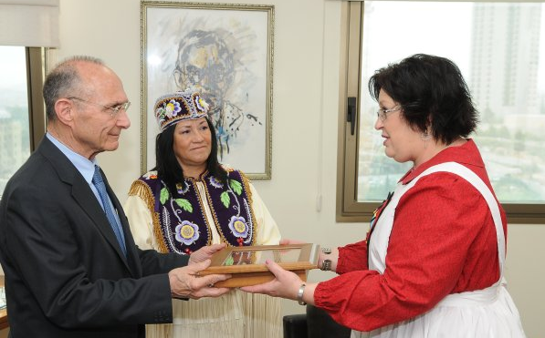 Two more Native American chiefs pledge support to Israel – Israel Today