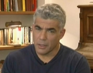 Lapid during Facebook chat