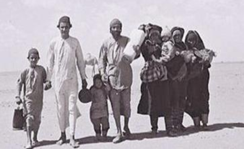 Jewish refugees from Yemen cross desert - Photo Courtesy: Israeli National Photo Archive