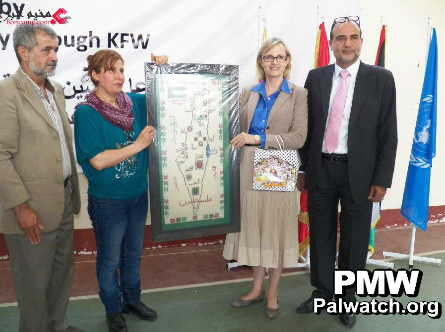 "Ann Dismorr, Director of UNRWA Affairs in Lebanon, with a map that shows all of Israel as ""Palestine"".- Photo: Palestinian Media Watch."