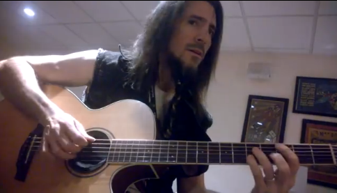 Ron Bumblefoot Thal of Guns N Roses plays Hatikva backstage in Vegas - YouTube screenshot