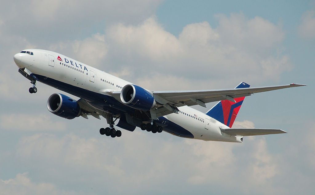 Delta Air Lines Boeing 777-200LR - Photo Courtesy:  Adrian Pingstone/Wikipedia