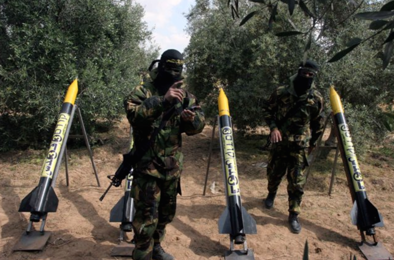 Hamas prepares to launch rockets on Israeli towns