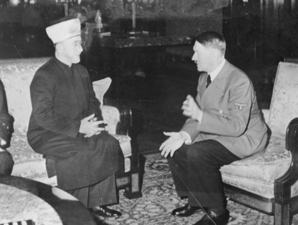 Hitler hosts Grand Mufti Haj Amin al-Husseini on November 28, 1941, at the Reich Chancellory in Berlin - Photo: Heinrich Hoffmann Collection/Wikipedia
