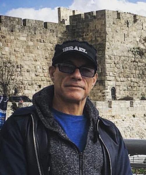 Jean-Claude Van Damm wearing 'Israel' cap - Facebook