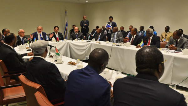PM Netanyahu Holds Special Meeting with Over 15 Heads of State and Representatives from African Countries Photo: Kobi Gideon, GPO