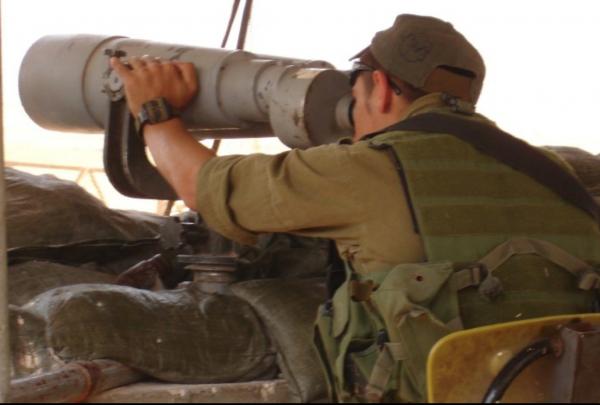 IDF soldier watching the border - Photo/ IsraelandStuff/PP